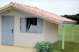 Abri de jardin toit 2 pentes en béton enduit