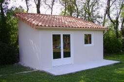 Abri de jardin toiture 1 pente en béton enduit